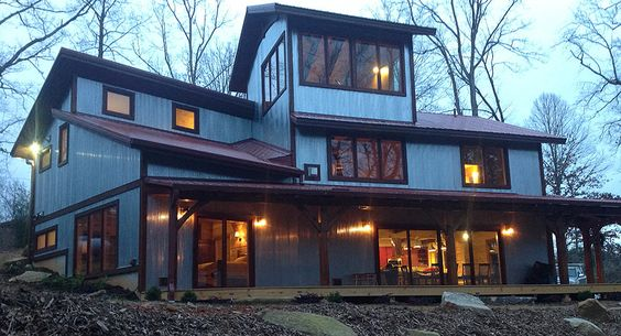 If you are looking for a comfortable, upscale experience try the newly built Corkscrew Cabin. Located within walking distance of Wildwater Chattooga, this