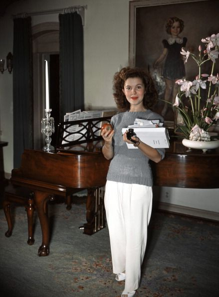 shirley temple at home 1940s vintage color photo print ad