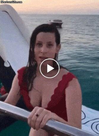 O Pulo feio de uma mulher