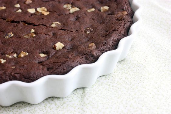 What valentine wouldn't love this Chocolate Black Walnut Cake? Serious yum! I have always loved black walnuts!