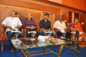 Vijay - Vijay Press Meet For Donating Money To His Early Producers - Hero Vijay Photos - Actor Vijay Pics - Actor Vijay New Stills @actressinfo.asia