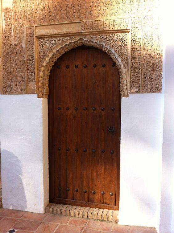 Alhambra style door