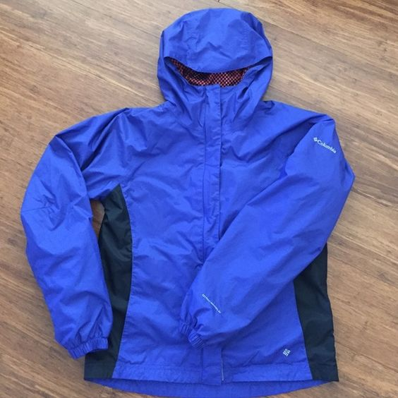 Columbia Rain Jacket Barely worn, my daughter free out of it too fast.  Kids size 14/16, but will fit a women's small.                        Check out the rest of my closet BUNDLE & SAVE☀️  If the price isn't rightuse the Offer button Sorry.... No Trades No PayPal Columbia Jackets & Coats