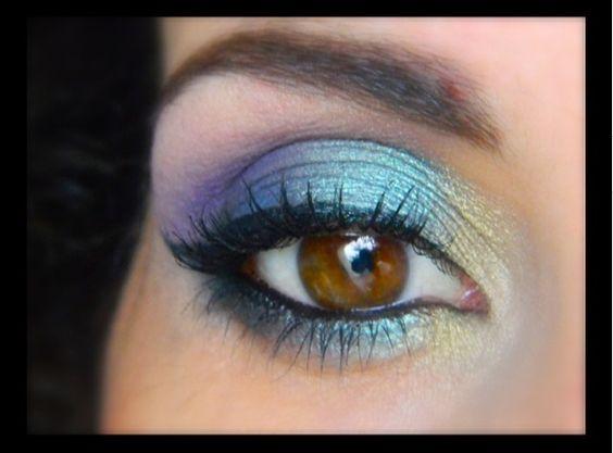 MU en détails avec les fards @makeupgeektv  - Bling  - Shimmermint  - Mermaid  - Peacock - Envy  - Duchess - Fairytale - Unexpected