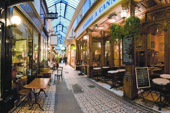 Découvrir les passages couverts de Paris...  (Passage des panoramas)