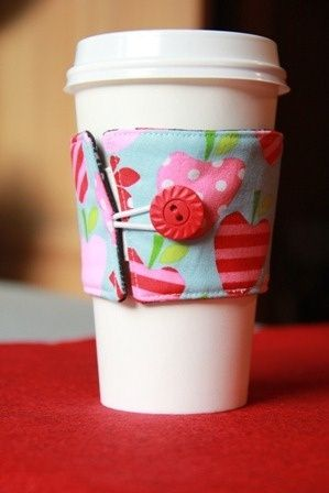 Reversible Coffee Cup Sleeves--an uncomplicated DIY sewing project. So handy, and great for gifts/stocking stuffers.
