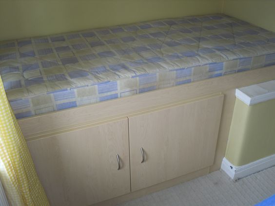 Stair Box In Bedroom: Small Box Room Cabin Bed For Grandma