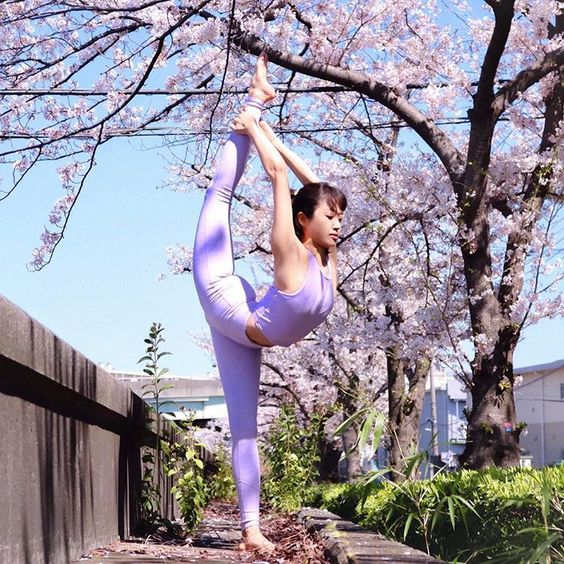 Always happy to say Hello spring! 🌸 Dancing under the cherry blossom tree in @aloyoga 🌸🌸@aloyoga released their new line today! Here I'm…