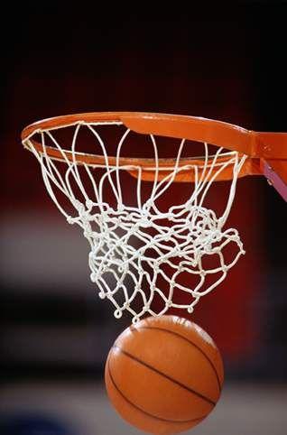 « Le talent permet de gagner des matchs, mais le travail d'équipe et l'intelligence permettent de gagner les championnats » Michael Jordan