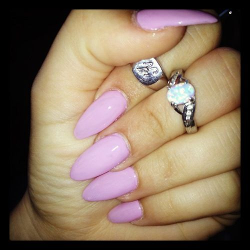 tumblr almond nails   Stiletto Nails Rihanna   Nails ...