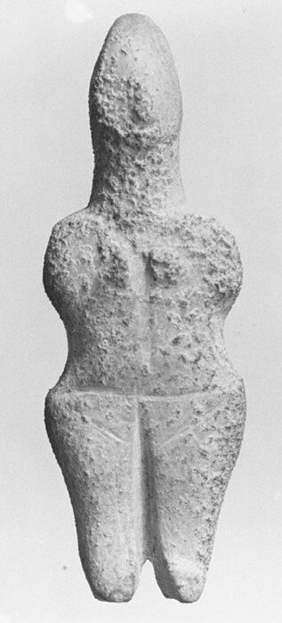 Marble female figure, made in stone - circa 3200–2700 BCE, from early Cycladic period, height 11 cm - at the Metropolitan Museum