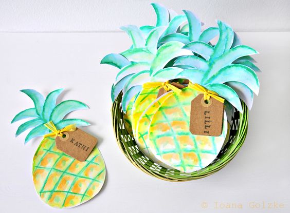 miss red fox: Wie man eine Hawaii Geburtstagsparty vorbereitet und was man dafür basteln kann - inkl. Freebies*