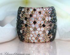 Ring mit schwarzen Diamanten, naturbraunen & weißen Brillanten