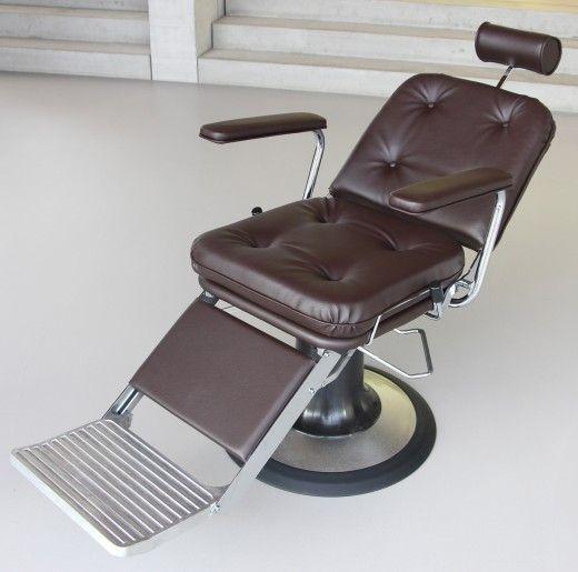 Pin Von Cde Salondesign Friseureinri Auf Barber Stuhle Drehungen Fussstutze