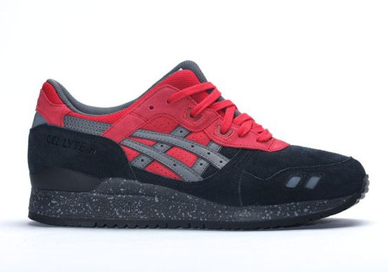 """ASICS Is Ready For Christmas With """"Bad Santa"""" - SneakerNews.com"""