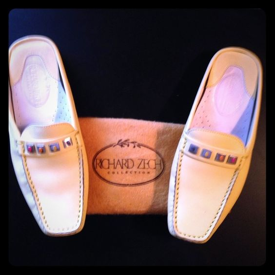 Richard Zech. Reduced 2/28 Gorgeous Pale Yellow with Multi Colored Stone Richard Zech Slide On Driving Shoes. Are in fabulous worn condition not a mark on the top, with little wear to the soles. Richard Zech Shoes