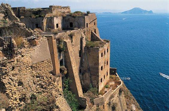 Mediterranean island guide: Italy