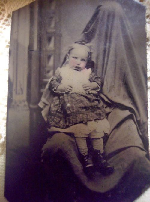 Memento Mori Photographs   Memento Mori ~Victorian Era Postmortem Photography   Ostrobogulous ...