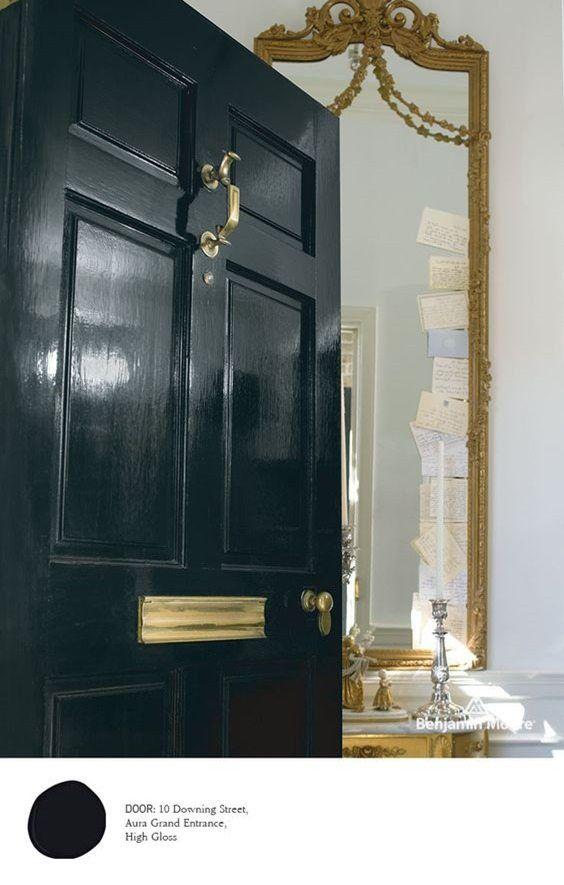 Benjamin Moore S Aura Grand Entrance Door Paint Colors Painted Exterior Doors Door Color