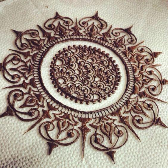 Simple Mehndi Mandala : Beautiful henna mehndi and mehendi on pinterest