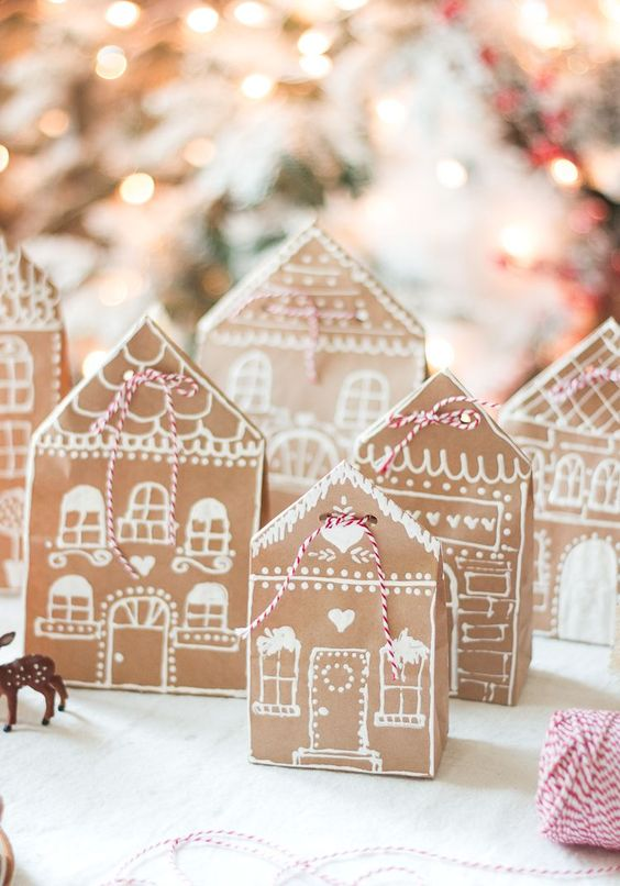 Craftberry Bush | Gingerbread House Paper Bag Gift Wrap Idea | http://www.craftberrybush.com: