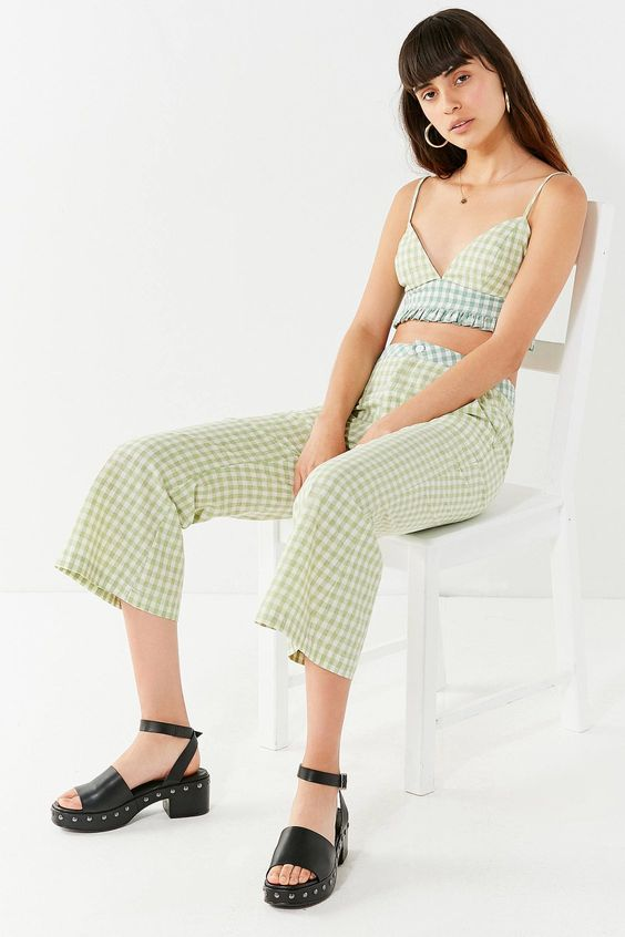 UO Leanna Gingham Cropped Flare Pant | Urban Outfitters