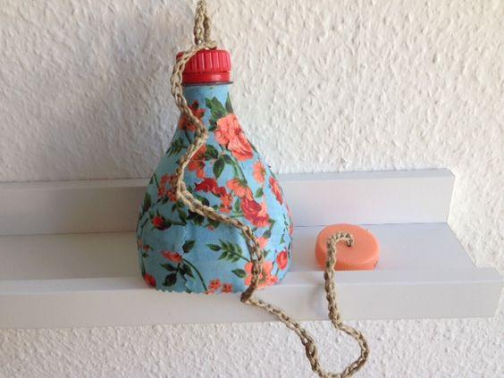 Juju Handcraft!Cours de Bricolage et loisirs créatifs: Fabriquer leurs jouets va les aider à développer leur motricité et leur imagination et à les initier au recyclage.