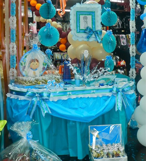 Mesas on pinterest - Mesas decoradas para comunion ...