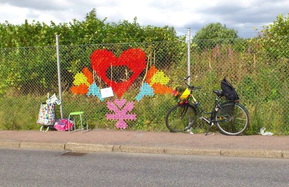 Embroided Fences By Tina Frausin Via Margaret Montreux Yarn Bombing Fence Art Crochet Art