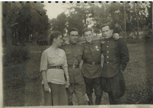 Vassili, fils de Staline attrapant ses camarades