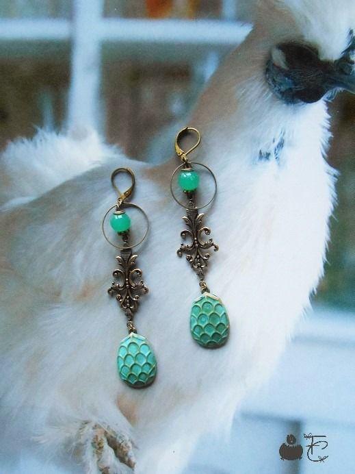 Boucles d'oreilles pendantes longues inspiration néo classique renaissance…
