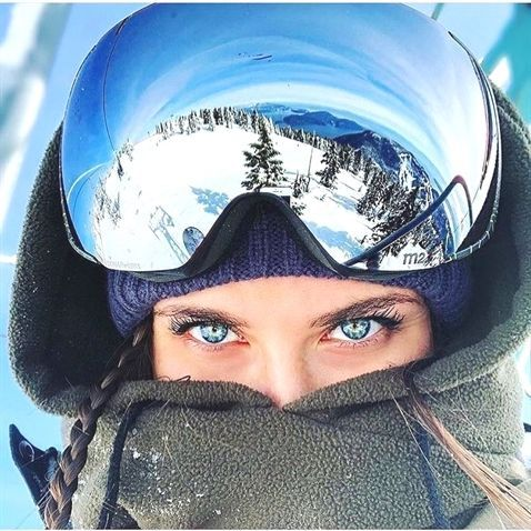 Pin43 Photography Business Pricing Best Hard Case For Photography Equipment Photography Shops Near Me Snowboard Girl Winter Photography Snow Pictures