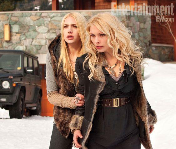 Tanya & Kate: Denali Coven, Twilight Photo, Kate Tanya, Twilight Movie, Things Twilight, Breaking Dawn, Twilight Saga