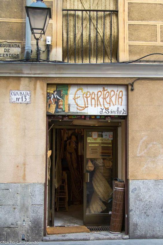 Shops kind of and chang 39 e 3 on pinterest - Esparteria juan sanchez ...