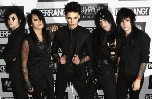 Black Veil Brides Christian Coma | Black Veil Brides walked away with the award for Best Single!!!!