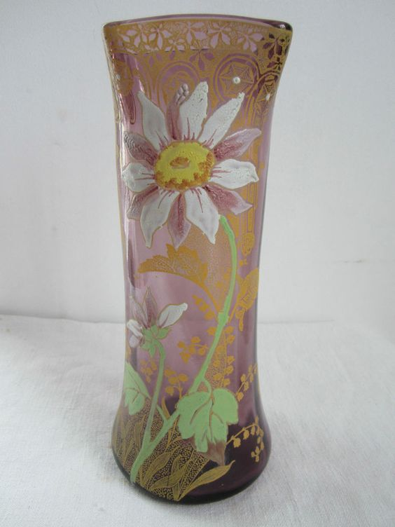 vase and violettes on pinterest. Black Bedroom Furniture Sets. Home Design Ideas