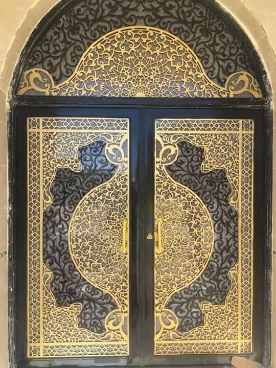 Pin By Tran Quang Huy On Portail En Fer Compound Wall Gate Design Door Design Modern Door Gate Design