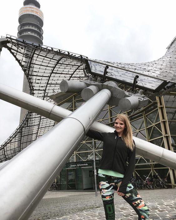 #GymIsEverywhere - Heute im Münchener Olympiapark  Mädels ich bin bereit für Euch und freu mich schon wahnsinnig auf unsere Workout-Einheit mit @reebokgermany  Let's do it!  Mehr wie immer auf Snapchat (bealapanthere)  #bealapanthere #bemorehuman #reebok by bealapanthere.de