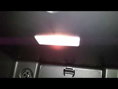 2014 2020 Mini Cooper Glove Box Light Testing After Changing Burnt Out Bulb Youtube Light Bulb Ceiling Lights