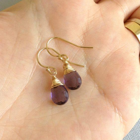 Cuarzo Amatista pendientes, febrero Birthstone, alambre envuelto pendientes de piedras preciosas, pendientes de piedras preciosas Simple, púrpura, oro llenada