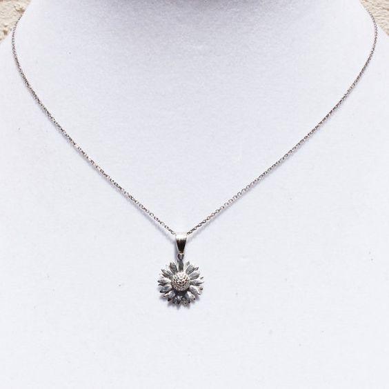 Daisy Pendant Necklace by Shopkaloo on Etsy, $36.00