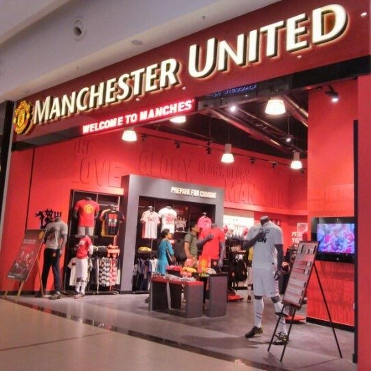 The Manchester United Experience Retail By Head Architecture Macau Manchester United The Unit Retail Design
