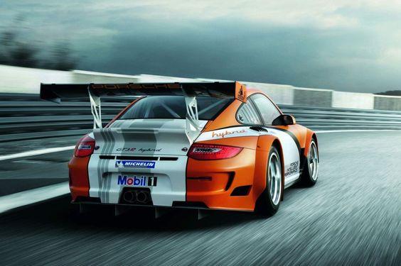 Williams et Porsche se sont associés pour cette technologie hybride ... Check out THESE Porsches! --> http://germancars.everythingaboutgermany.com/PORSCHE/Porsche.html