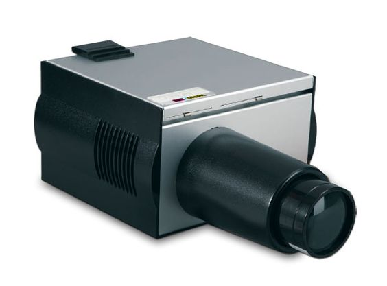 The Designer™ Projector is a great choice for the intermediate artist and crafter.