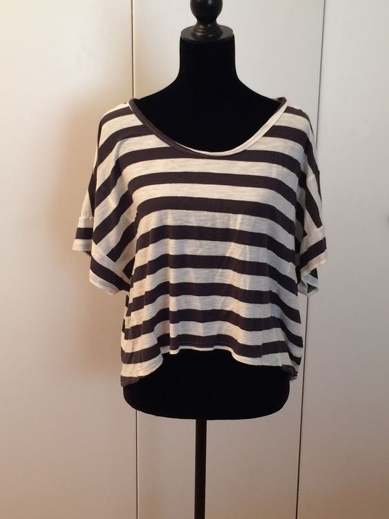 O'Neill Boxy Gray and white Striped Top Size Small #ONeill #KnitTop #Casual