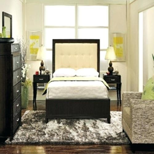 Small Room Ideas With Queen Bed How To Arrange A Small Bedroom