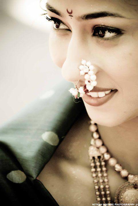 Maharashtrian bridal makeup get the perfect look in 10 easy steps - Maharashtrian Bride Photo Copyright Nitesh N Brides