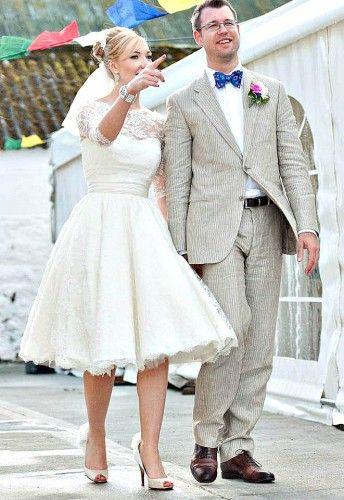 Lace 3/4 Long Sleeves Tea Length Vintage Plus Size Bridal Gown Wedding Dresses