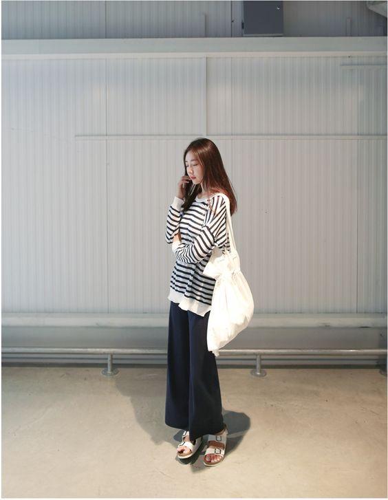 [슈가펀]와이드니트바지 wide knit pants / 편안하면서도 스타일리시한 니트 와이드팬츠 통바지 네이비,베이지 free : 슈가펀