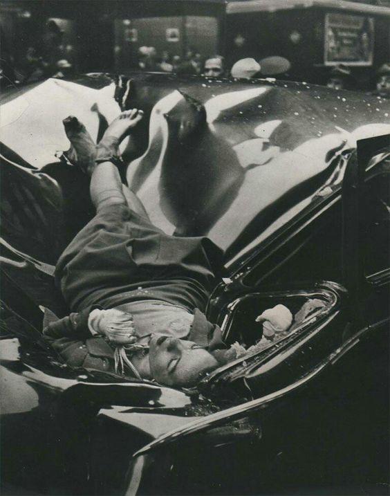 Corpo de Evelyn Mchale, que se jogou do mirante do Empire State Building em 1947. A imagem, apesar de chocante, foi, no entanto, curiosamente considerada a mais bonita, pelo menos de um ponto de vista estético